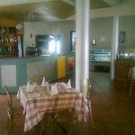 La Veranda Bar and Restaurant