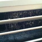 air conditioner units old and need cleaning