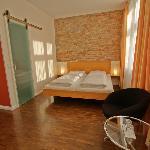 grosses Doppelzimmer/large double room