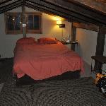 Hillside Cabin Loft