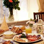 Full English breakfast and buffet selection