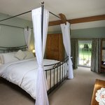 Four Poster Bed and Exposed Beams