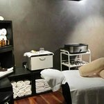 Exclusive Spas Port Douglas Treatment Room