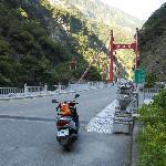 天祥の手前の慈母橋