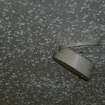 Detector colgando del techo