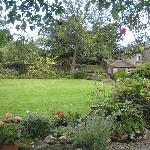 Lizzie's English Garden