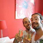 Une petite coupe de champagne espagnol offerte à notre arrivée ! Appréciée !