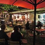 Terrace in courtyard on Drosselgasse