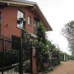 """""""La Collina"""", acceso principal"""