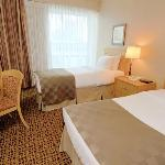 Deluxe suite with 2 twin beds
