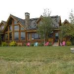 Lone Elk Lodge B&B