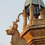 Roof top sculptures