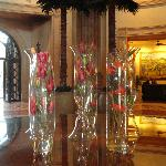 such a lovely smell coming from these vases in the foyer