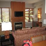 Deluxe Suite, Living room to fore place