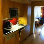 Room 566, kitchen