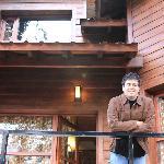 Na frente da cabana