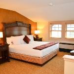 Inn guestroom