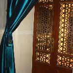 Perle D'Orient door