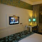 wall mounted tele, room 302