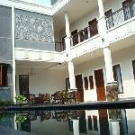 Shraya Menteng Residence