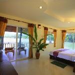 Tharathip Beach Resort