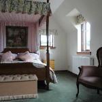Schönes Zimmer mit Himmelbett