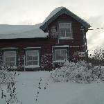 Det rode huset wintertime