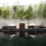 Waterfall Villa - Sun Lounger