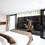Waterfall Villa - Bedroom & Waterfall