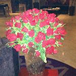 rose fresche nella Hall