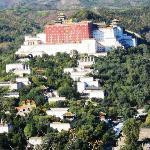 copied the Potala Palace of Dalai Lama