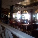Bar / breakfast area