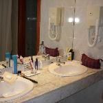 room 603  bathroom