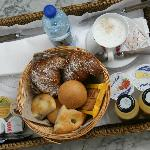 mmmm... delicious breakfast brought to your room!