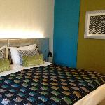 Bright and fresh room design