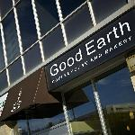 Good Earth Cafe in the Lobby