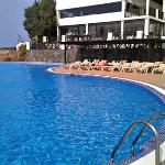 The panoramic pool and La Perla restaurant