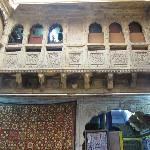 Exquisite haveli architecture on the inside