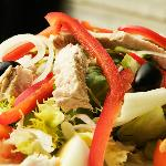 Grandes salades généreuses et variées