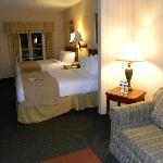 Foto de BEST WESTERN PLUS Roundhouse Suites