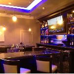Breakfast and Dinner area - bar
