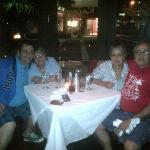 Con mi famila y buen amigo Gaby