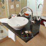 Bagno doccia moderni e pulitissimi