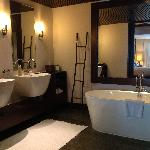 Spa villa bathroom
