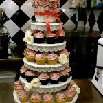 Make your wedding or birthday celebration extra special with customized cupcakes!