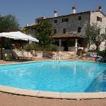 Dva Baladura - Sicht auf das Hotel vom Pool