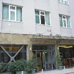 Hotel von Vorne