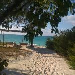 Ausblick auf Villa mit dem privaten Strand