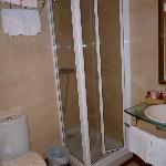 Salle de bain chambre 104