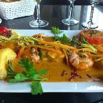 Brochette de sole et gambas sur velouté de crustacés (sans l'accompagnement qui était à part)
